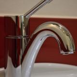 faucet-426775_640