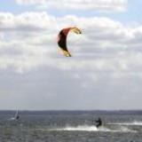 kitesurfing-4-509471-m