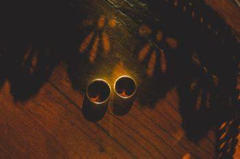 obrączki ślubne złoty skorpion