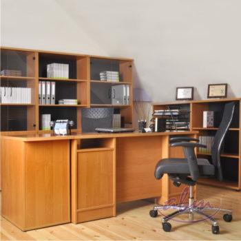 biurko i fotel biurowy